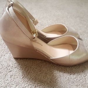 De Blossom Collection Rose gold/champagne heels!